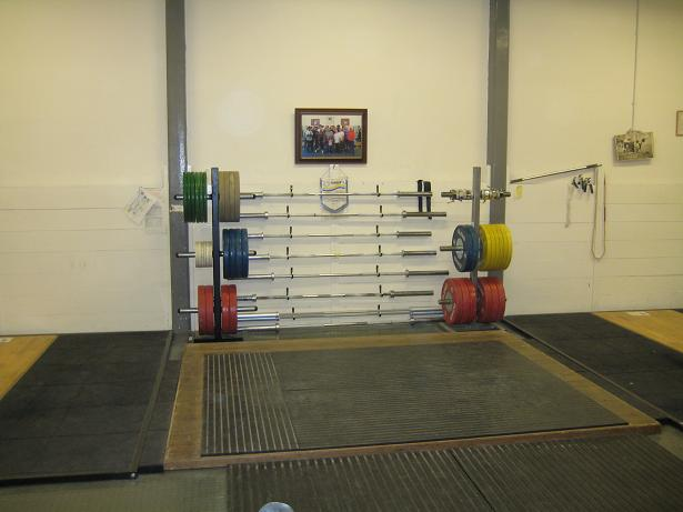 You can see the 3 lifting platforms here and the bulk of the all Eleiko kit they have